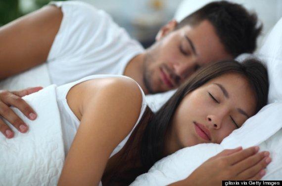 https://www.valentimatchmaking.com/wp-content/uploads/2018/08/sleeping-couple.jpg