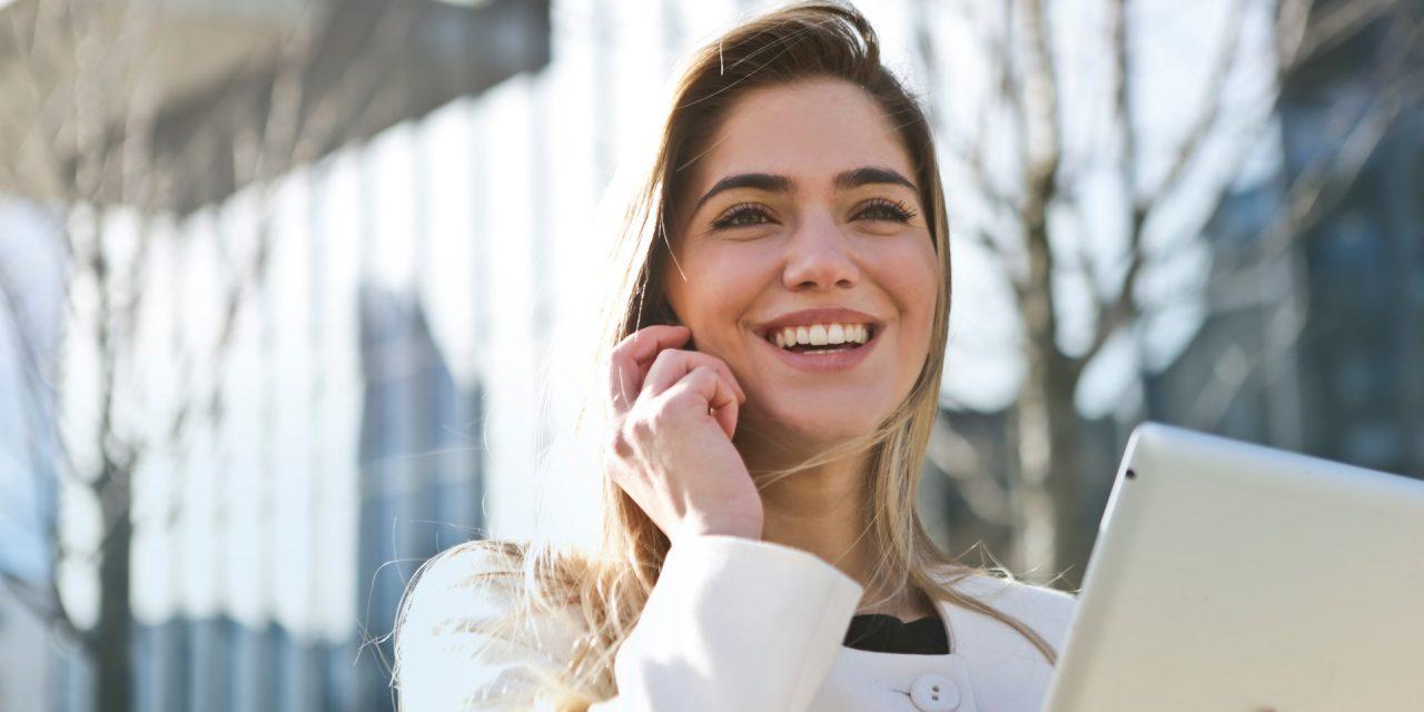 https://www.valentimatchmaking.com/wp-content/uploads/2020/01/woman-in-white-blazer-holding-tablet-computer-789822-1280x640.jpg