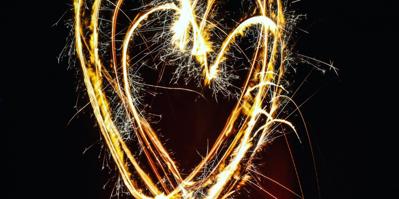 https://www.valentimatchmaking.com/wp-content/uploads/2020/07/heart-shaped-fireworks-862516-1280x640.jpg
